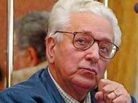 L'ex segretario del Msi Pino Rauti è morto oggi a Roma intorno alle  9.30. Aveva 86 anni.